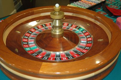 images/Casino-roulette-table-400.jpg