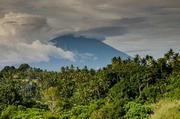 images/Volcano-in-tropics-180.jpg