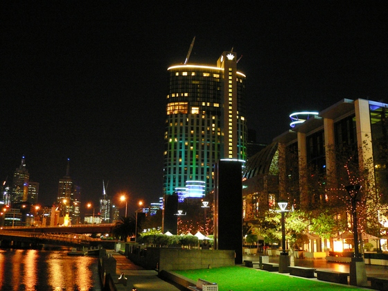 images/Crown-casino-Melbourne.jpg